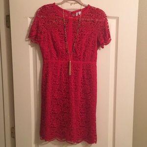 Elle: Red Lace Dress